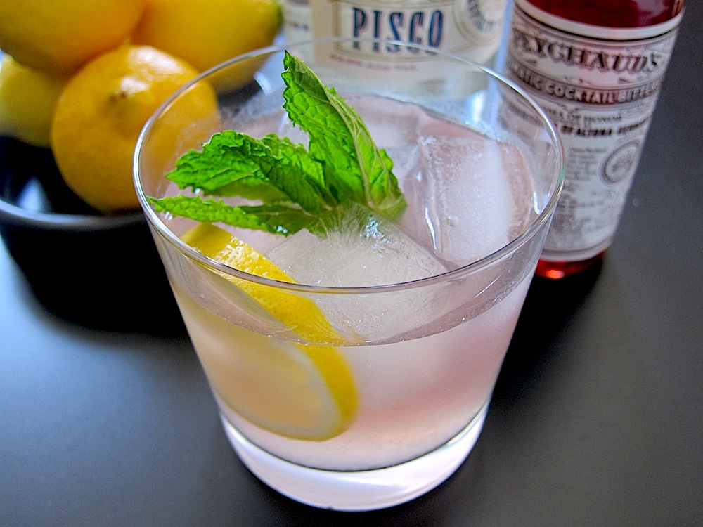 Zesty Lemonade Pisco