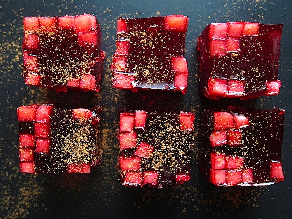 Chicha Morada en Gelatina — Peruvian sweet purple corn jello shots