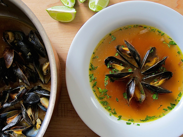 Caldo de Choros, Peruvian Mussel Soup